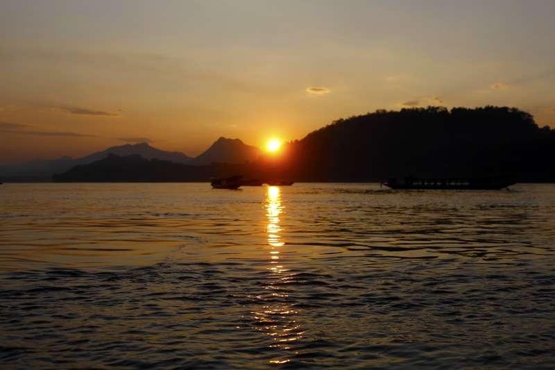 sunsetg.jpg