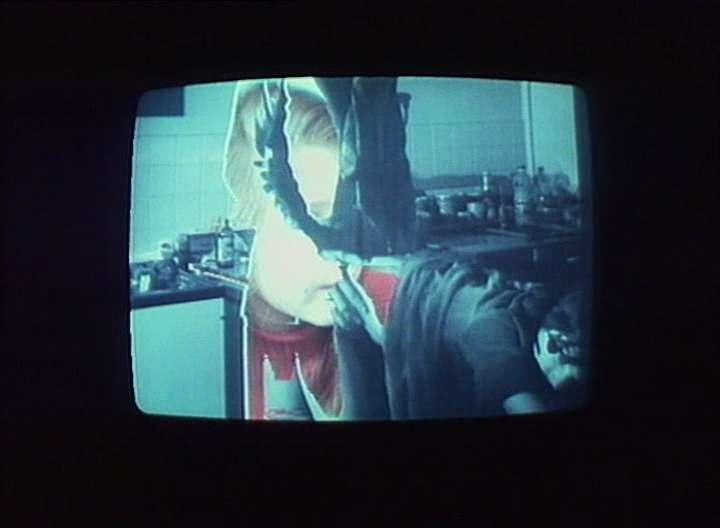 vlcsnap2011050200h50m30 Jean Luc Godard   Numéro deux (1975)